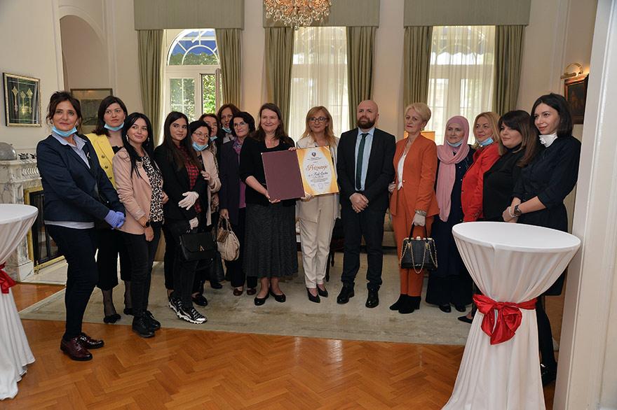 Ambassador-Csaba-certificate-gender-equalty-Ambasadorka-Kanade-Keti-Čaba-2