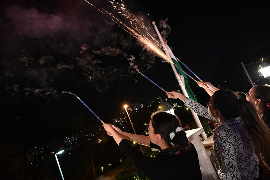 Ambassador-of-India-Host-Diwali-Celebration-14