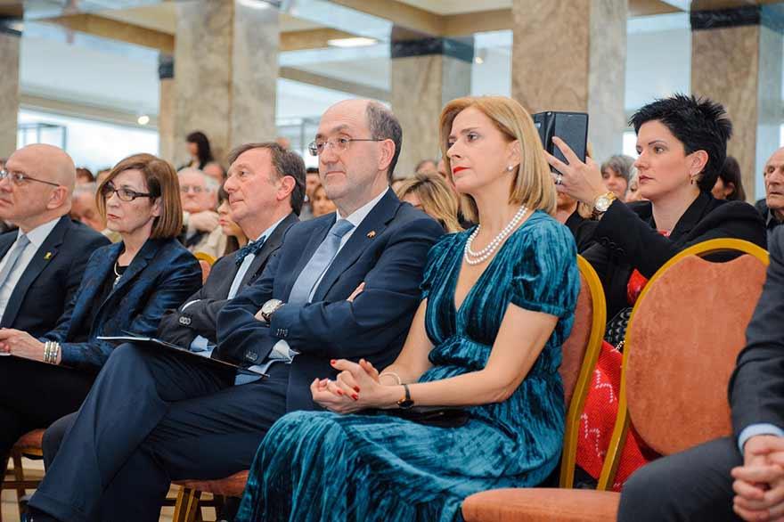 Ambasador-Italije-Karlo-Lo-Kaso-sa-suprugom