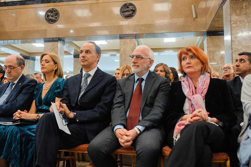 Gabrijele-Pace-Banca-Intesa-Davide-Skalmani-i-Paola-Kordone-Italjanski-institut-za-kulturu