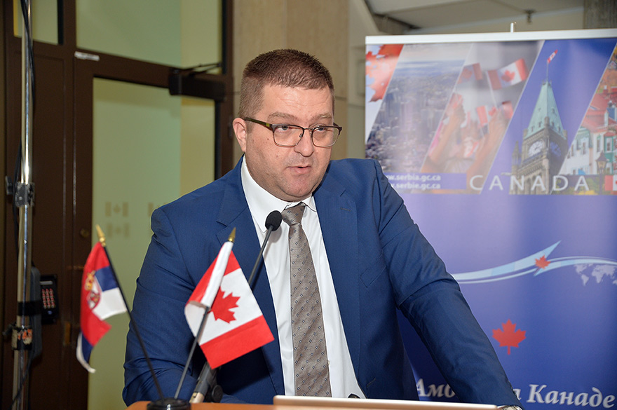 Canada-supports-responsible-business-in-the-mining-sector-11