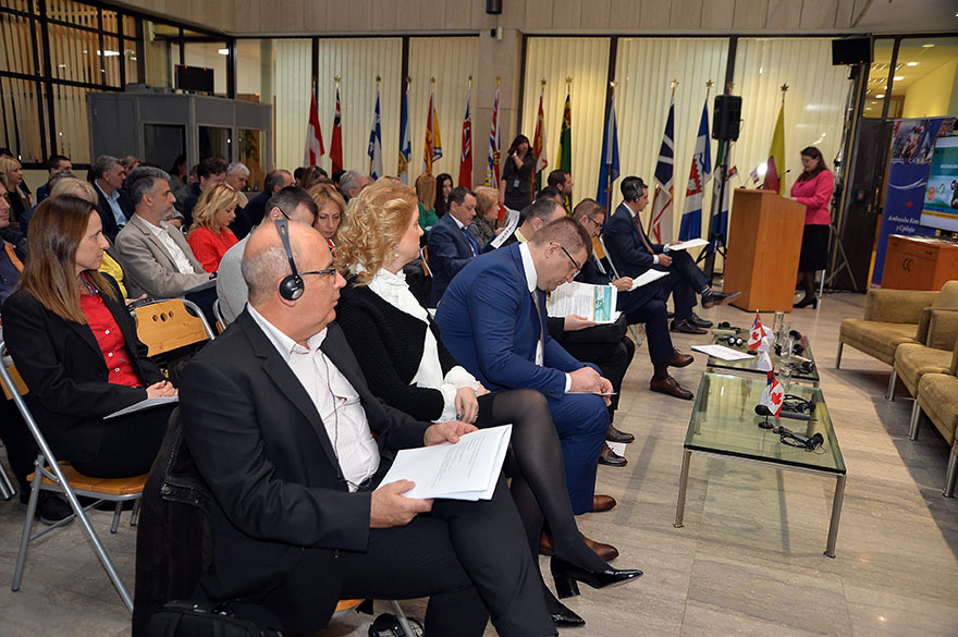 Canada-supports-responsible-business-in-the-mining-sector-3