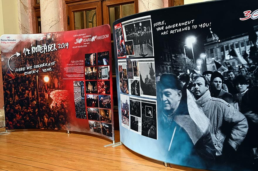 Czech-Embassy-Host-Exhibition-30-Years-of-Freedom-4