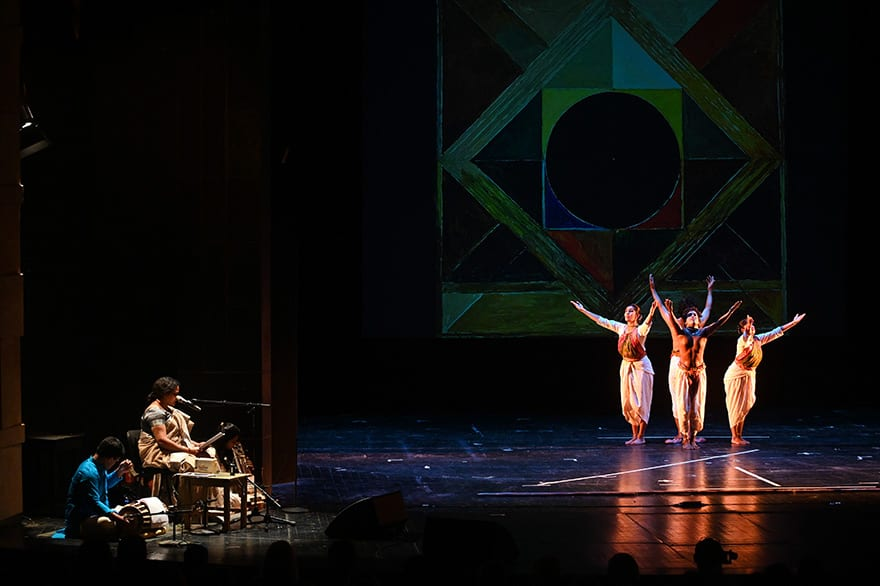 Embassy-of-India-hosts-dance-performance-honoring-the-life-of-Gandhi-13