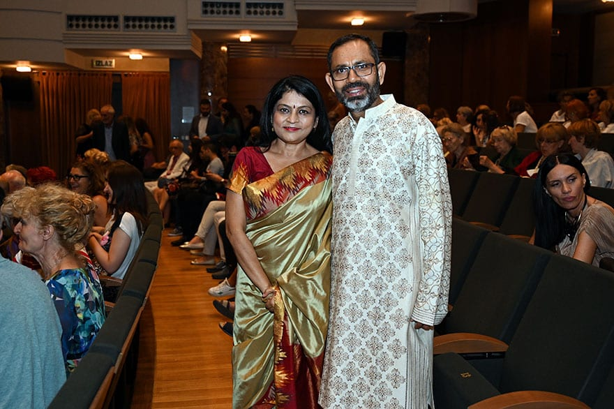 Embassy-of-India-hosts-dance-performance-honoring-the-life-of-Gandhi-5
