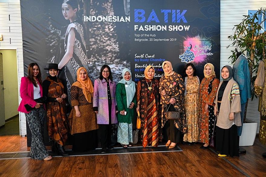 Embassy-of-Indonesia-Host-Batik-Fashion-Show-2019-5