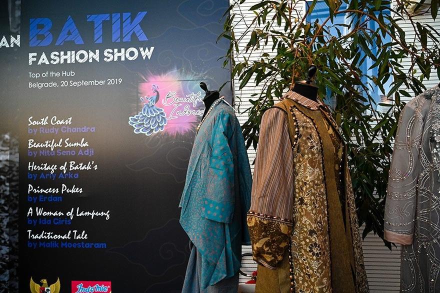 Embassy-of-Indonesia-Host-Batik-Fashion-Show-2019-6