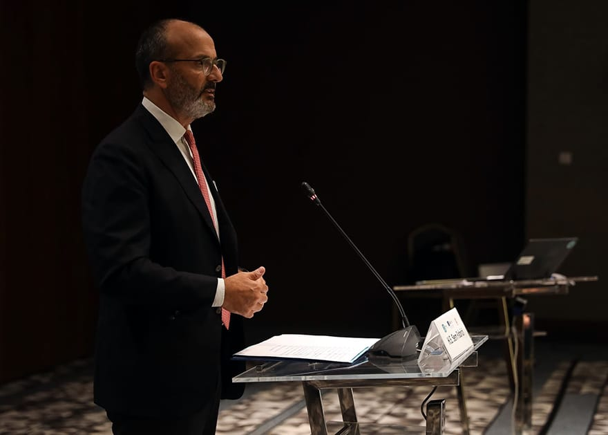 Great-progress-in-public-administration-reform-Sem-Fabrizi