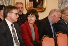 """Hahn: """"Western Balkans Strategy Opens the Road to EU Accession"""""""