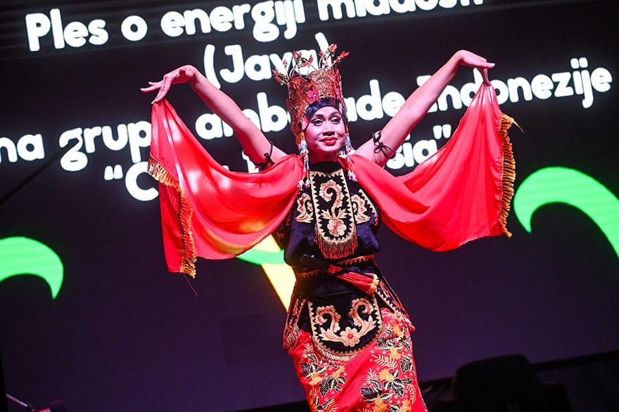 Indonesian-culture-Kalimatan-Wonderland-1
