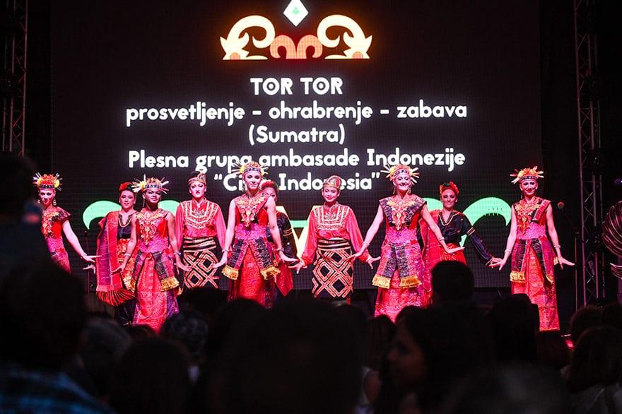 Indonesian-culture-Kalimatan-Wonderland-14