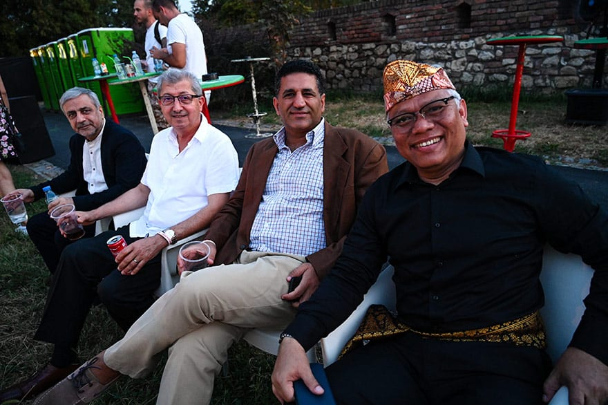 Indonesian-culture-Kalimatan-Wonderland-16