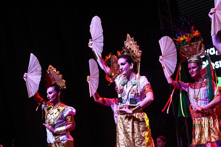 Indonesian-culture-Kalimatan-Wonderland-17