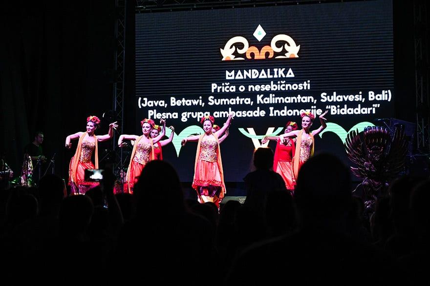 Indonesian-culture-Kalimatan-Wonderland-18
