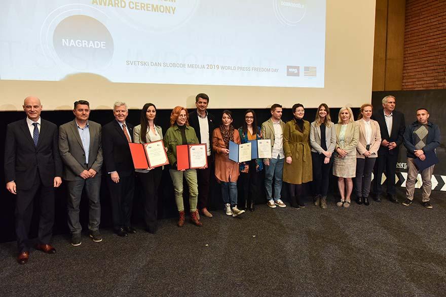 Investigative-Journalists-Awarded-11