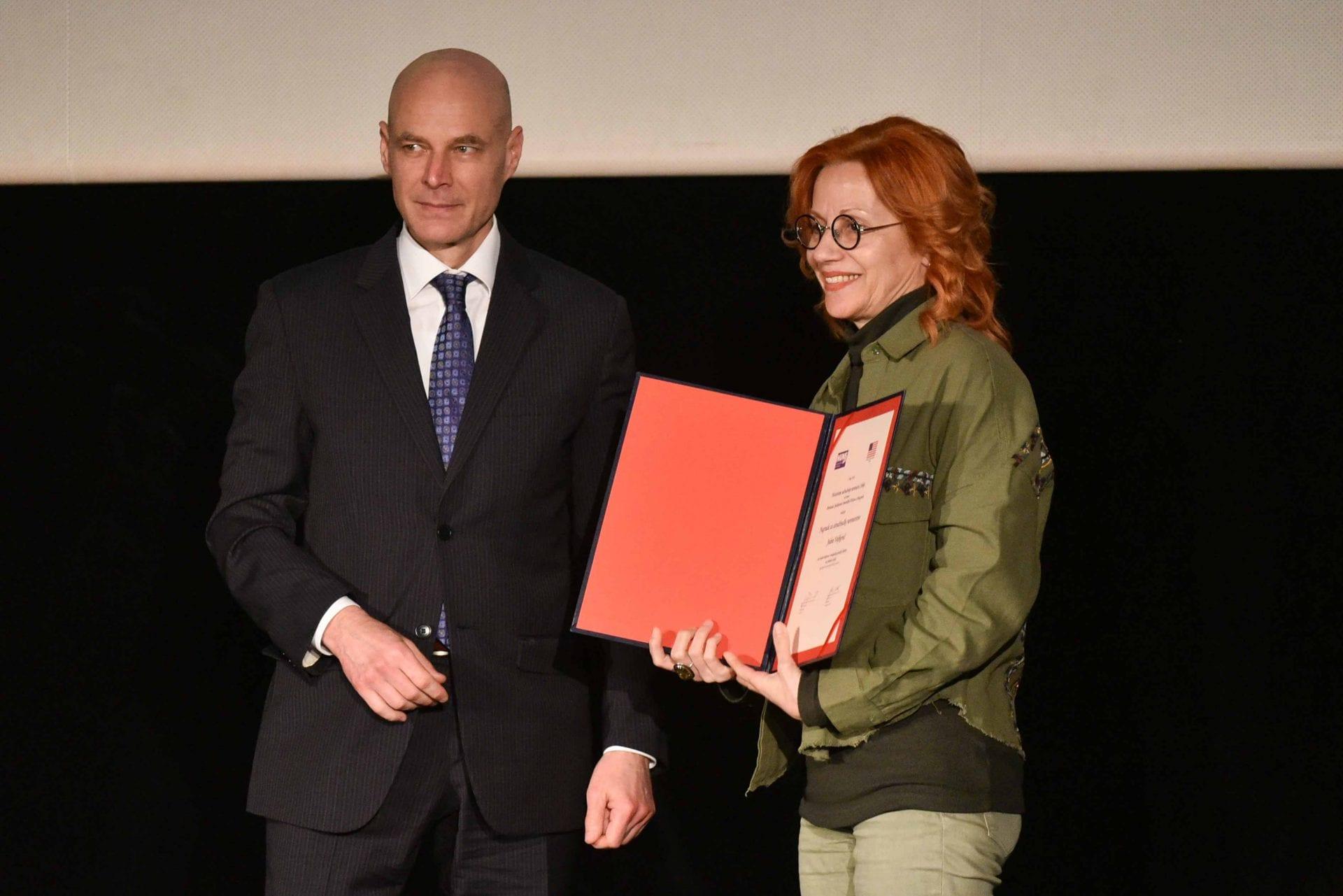 Investigative-Journalists-Awarded-9