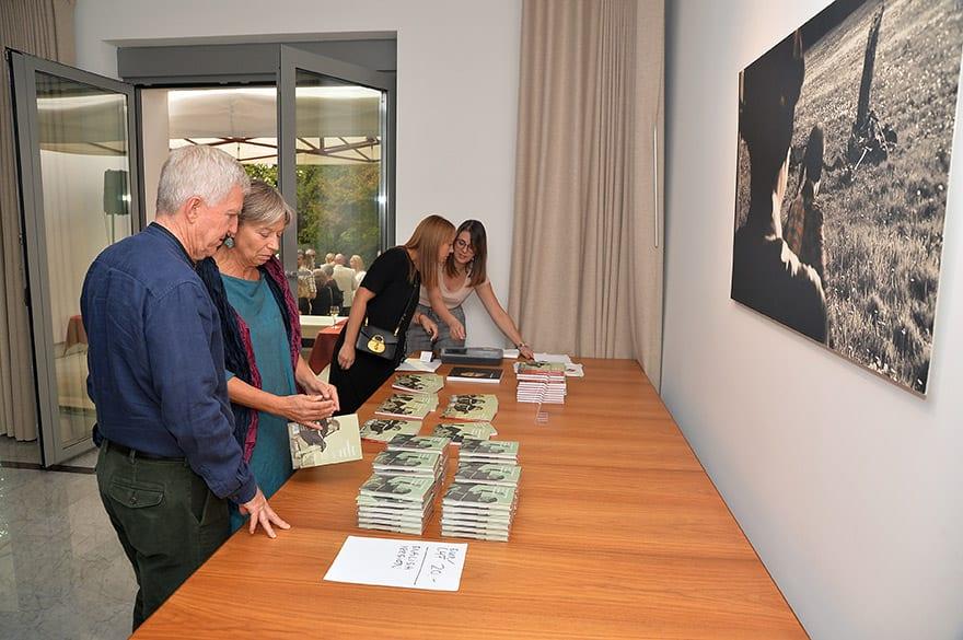 Psychoanalyst-meets-Marina-Abramovic-Book-Promotion-at-the-Swiss-Embassy-2
