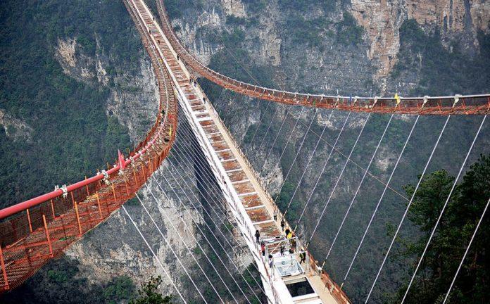 World's Longest And Highest Glass-Floored Bridge