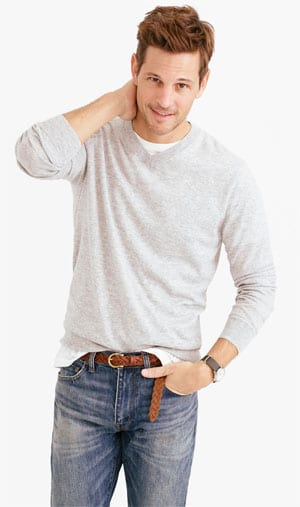 Lightweight Cashmere V-Neck Sweater