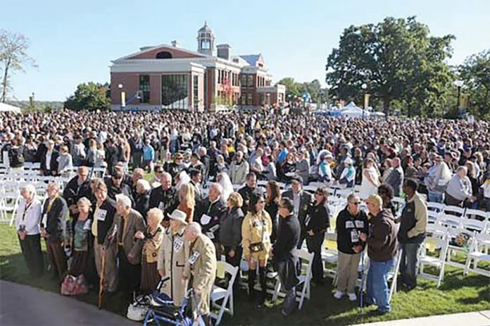 Over 1,200 Couples Renew Marriage Vows For World Record