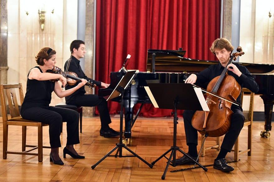 """Concert Of Austrian Trio """"3:0"""""""