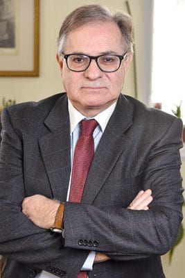 LAMBIS KOUNALAKIS