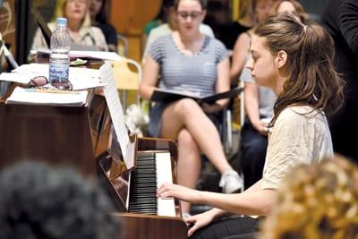 DUNJA LAZIĆ, Pianist-accompanist