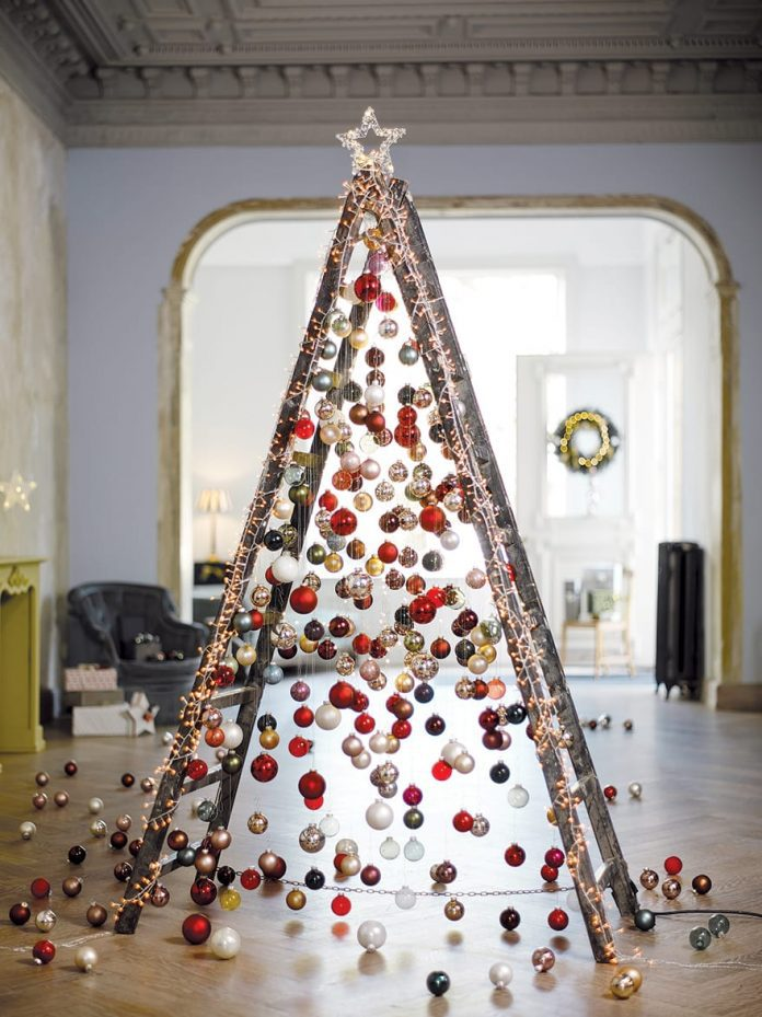 Christmas Tree Alternative.Ladder Trees The Latest Alternative Christmas Trend Cord