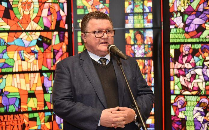 Adam Stalony-Dobrzański Polish Ambassador Opens Exhibition Of Stained Glass 2018
