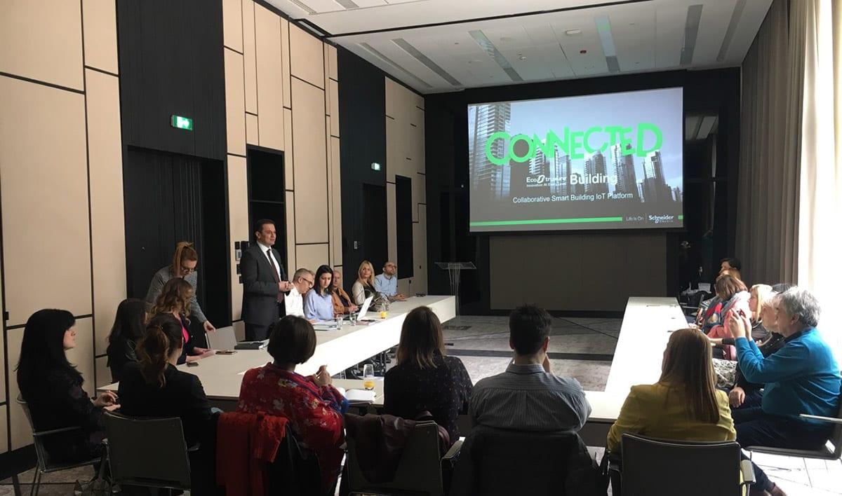 Schneider Electric An innovative EcoStruxure platform