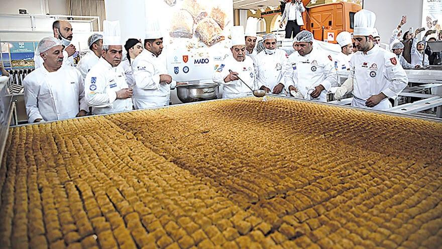 Turkish Chefs Cook Up The World Biggest Baklava