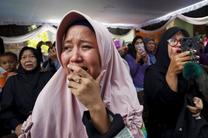 Indonesian Jet Crashed Killing All 189 People On Board