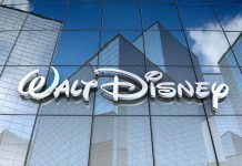 """Disney"" accused for underpays female employees"
