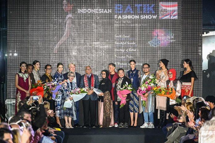 Embassy of Indonesia host Batik Fashion Show 2019