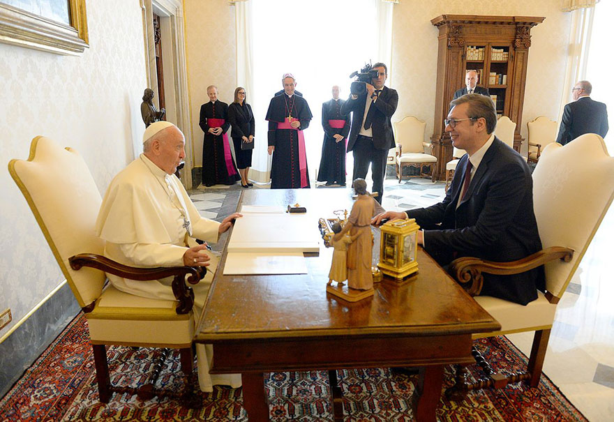 President Vučić meets His Holiness Pope Francis