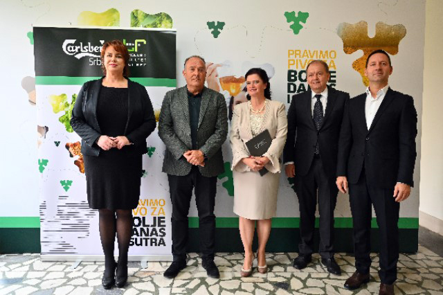 Carlsberg Serbia donates to the Faculty of Technology in Novi Sad