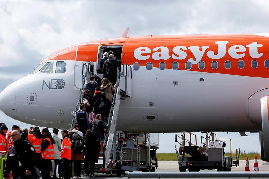 Easyjet Eyes New Package Deal Space