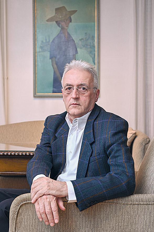 Nebojša Nešković, Scientist