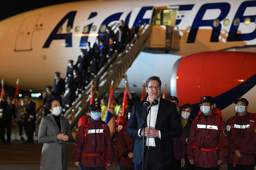First aeroplane from China to Serbia medical help coronavirus Vucic Chen Bo