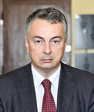 Professor Dejan Šoškić