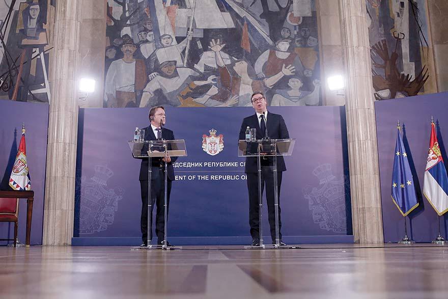 Olivér Várhelyi an Aleksandar Vucic