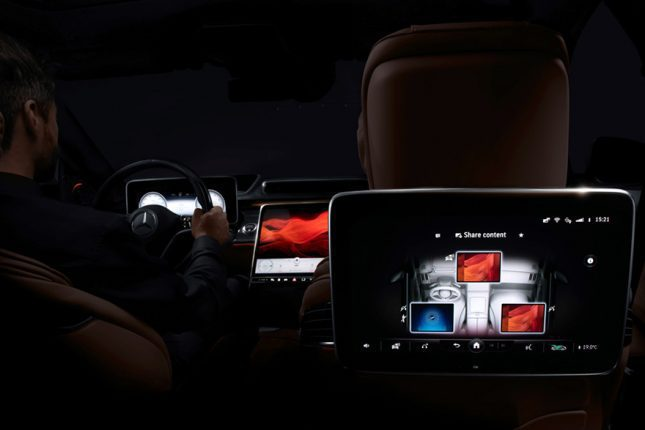 "Meet The Mercedes-Benz S-Class DIGITAL: ""My MBUX"""