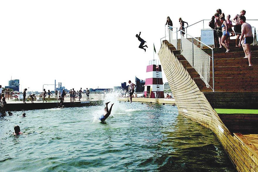 Denmark COPENHAGEN HARBOUR BATHING