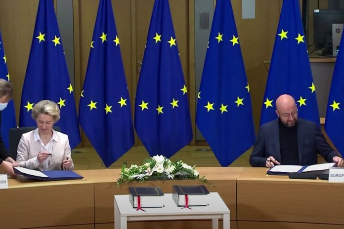 EU Heads Sign Brexit Trade Deal